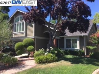 Single Family Home for Sale at 6423 Calle Esperanza 6423 Calle Esperanza Pleasanton, California 94566 United States