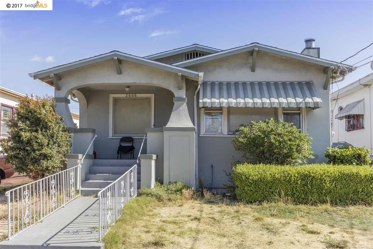 Single Family Home for Sale at 2606 65Th Avenue 2606 65Th Avenue Oakland, California 94605 United States