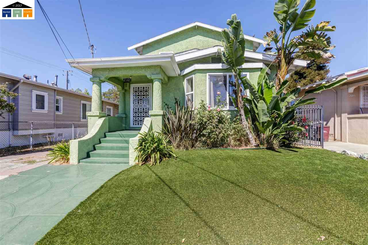 Single Family Home for Sale at 2107 66Th Avenue 2107 66Th Avenue Oakland, California 94621 United States