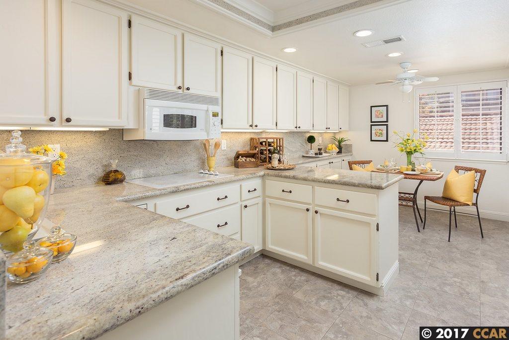 Condominio por un Venta en 4503 Terra Granada Drive 4503 Terra Granada Drive Walnut Creek, California 94595 Estados Unidos