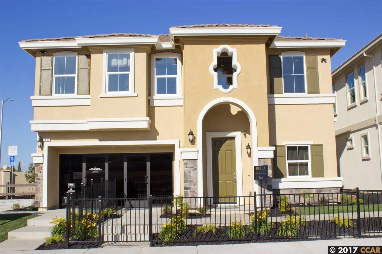 Частный односемейный дом для того Продажа на 2829 Rio Seco Drive 2829 Rio Seco Drive Pittsburg, Калифорния 94565 Соединенные Штаты