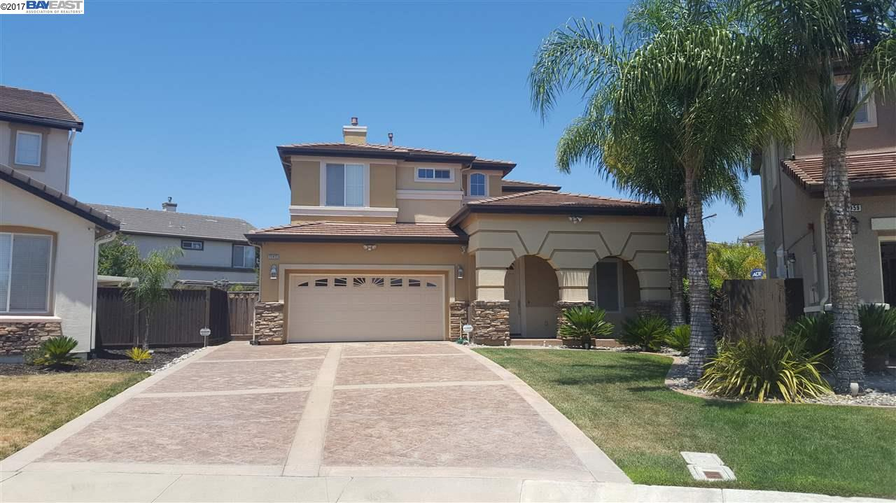 Single Family Home for Sale at 35955 Nickel Street 35955 Nickel Street Union City, California 94587 United States
