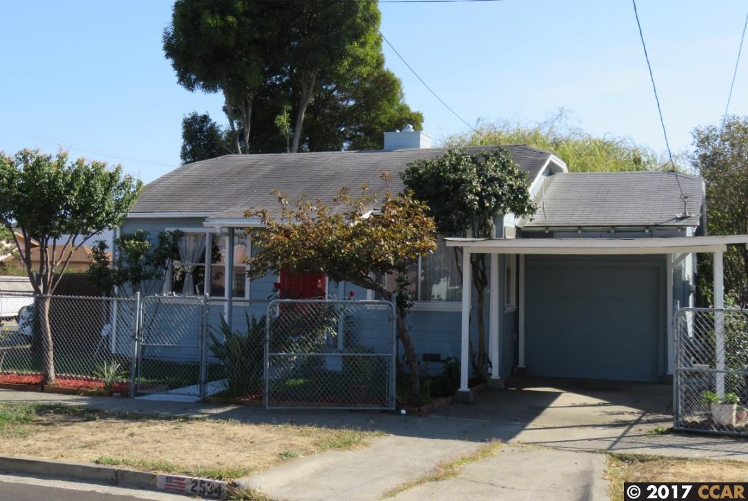 Casa Unifamiliar por un Venta en 2534 Maine Avenue 2534 Maine Avenue Richmond, California 94804 Estados Unidos