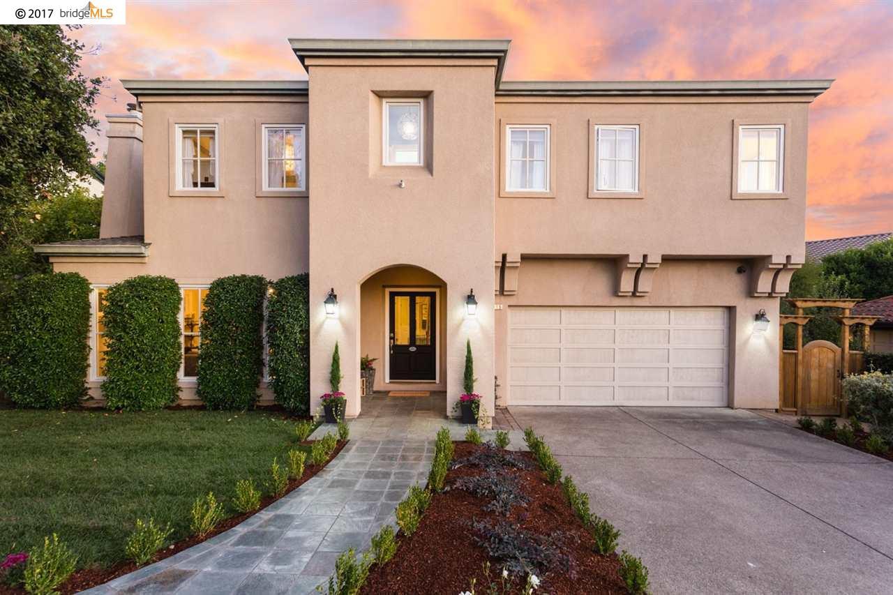 واحد منزل الأسرة للـ Sale في 6315 Acacia Avenue 6315 Acacia Avenue Oakland, California 94618 United States