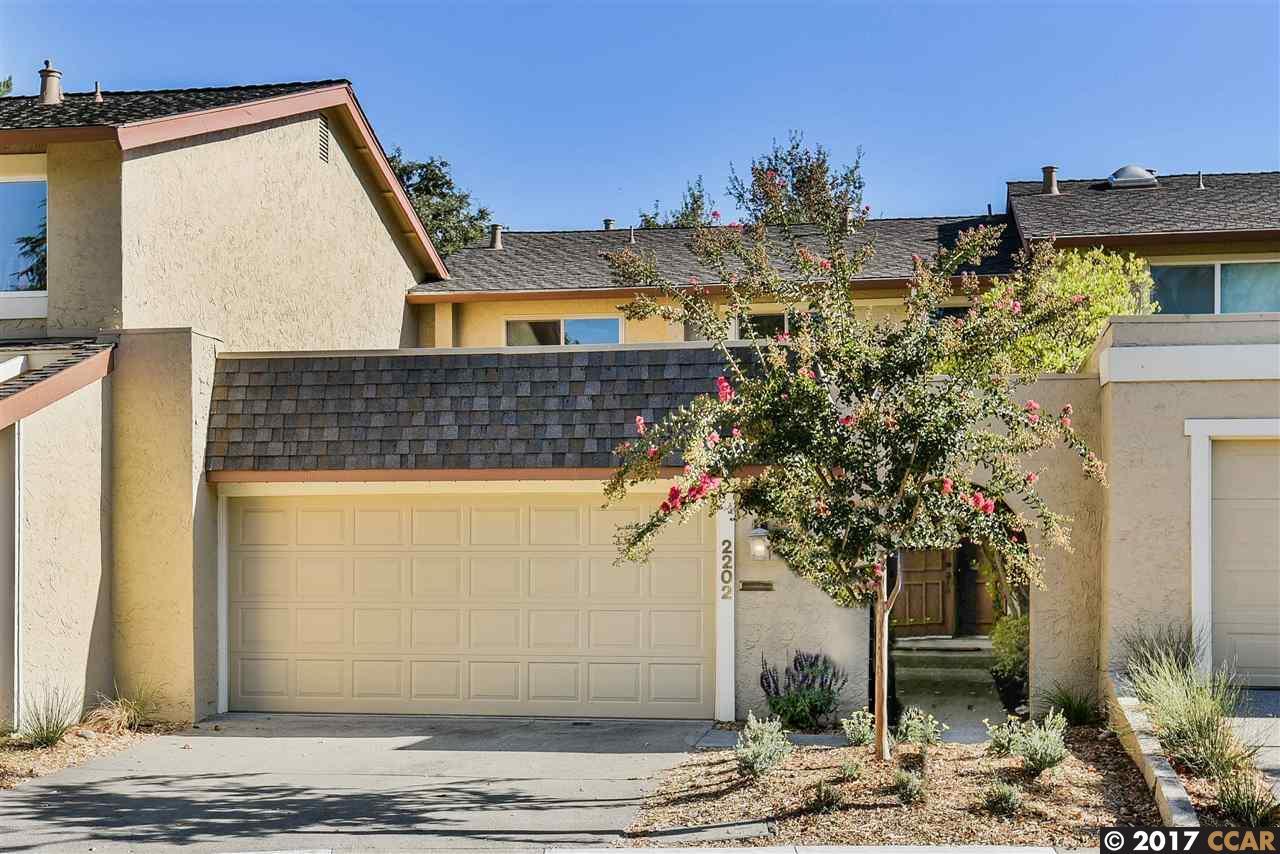 タウンハウス のために 売買 アット 2202 Westmoreland Court 2202 Westmoreland Court Walnut Creek, カリフォルニア 94596 アメリカ合衆国