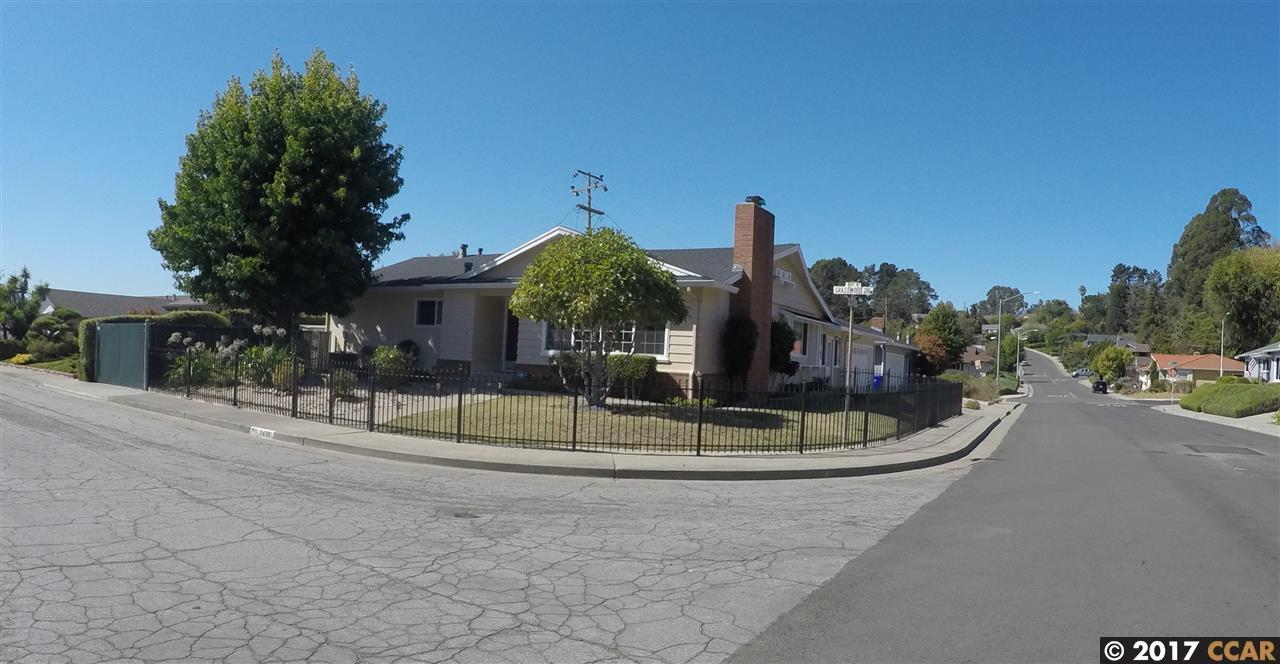 Casa Unifamiliar por un Venta en 3439 Grasswood Drive 3439 Grasswood Drive Richmond, California 94803 Estados Unidos