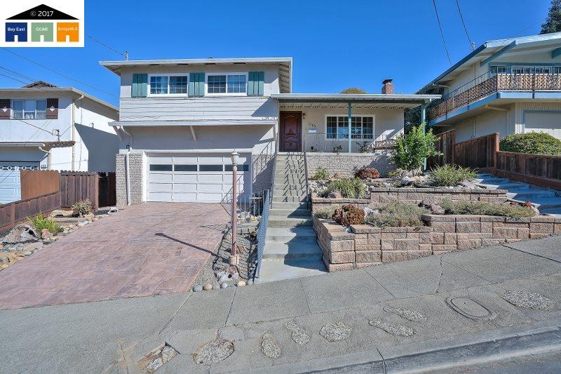 Single Family Home for Sale at 5166 Crane Avenue 5166 Crane Avenue Castro Valley, California 94546 United States