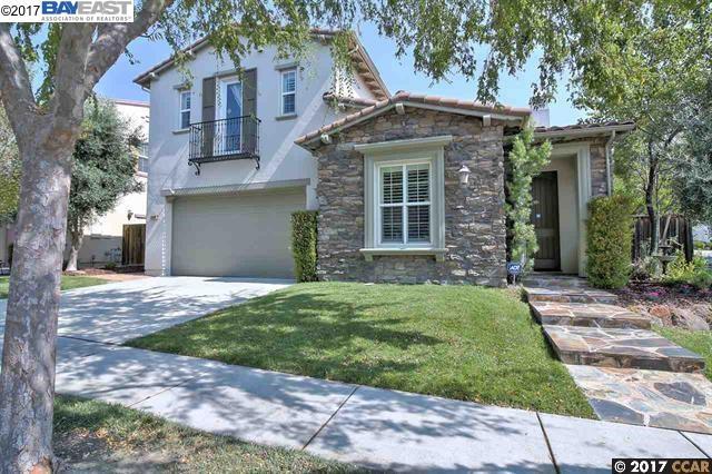 Casa Unifamiliar por un Alquiler en 5009 Campion Drive 5009 Campion Drive San Ramon, California 94582 Estados Unidos
