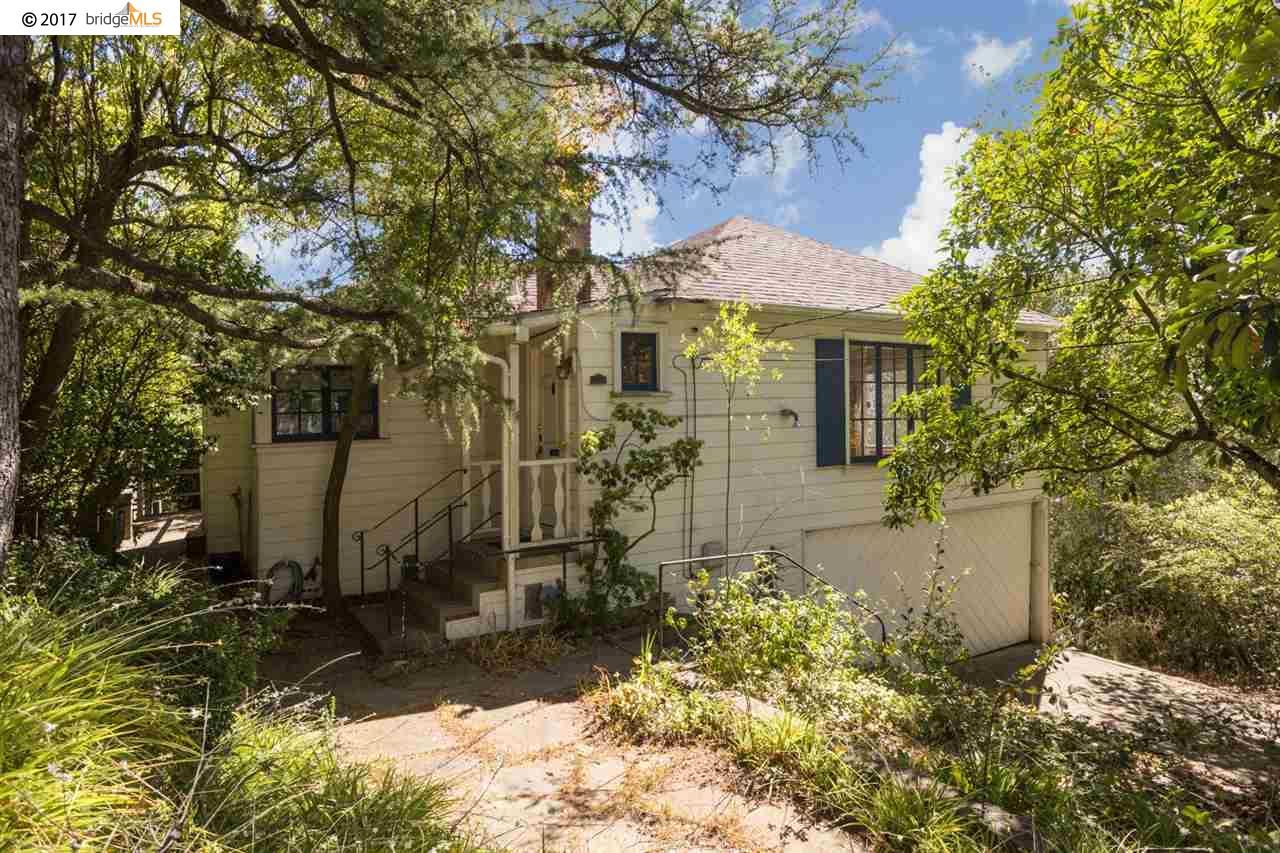 Maison unifamiliale pour l Vente à 2620 Marin Avenue 2620 Marin Avenue Berkeley, Californie 94708 États-Unis