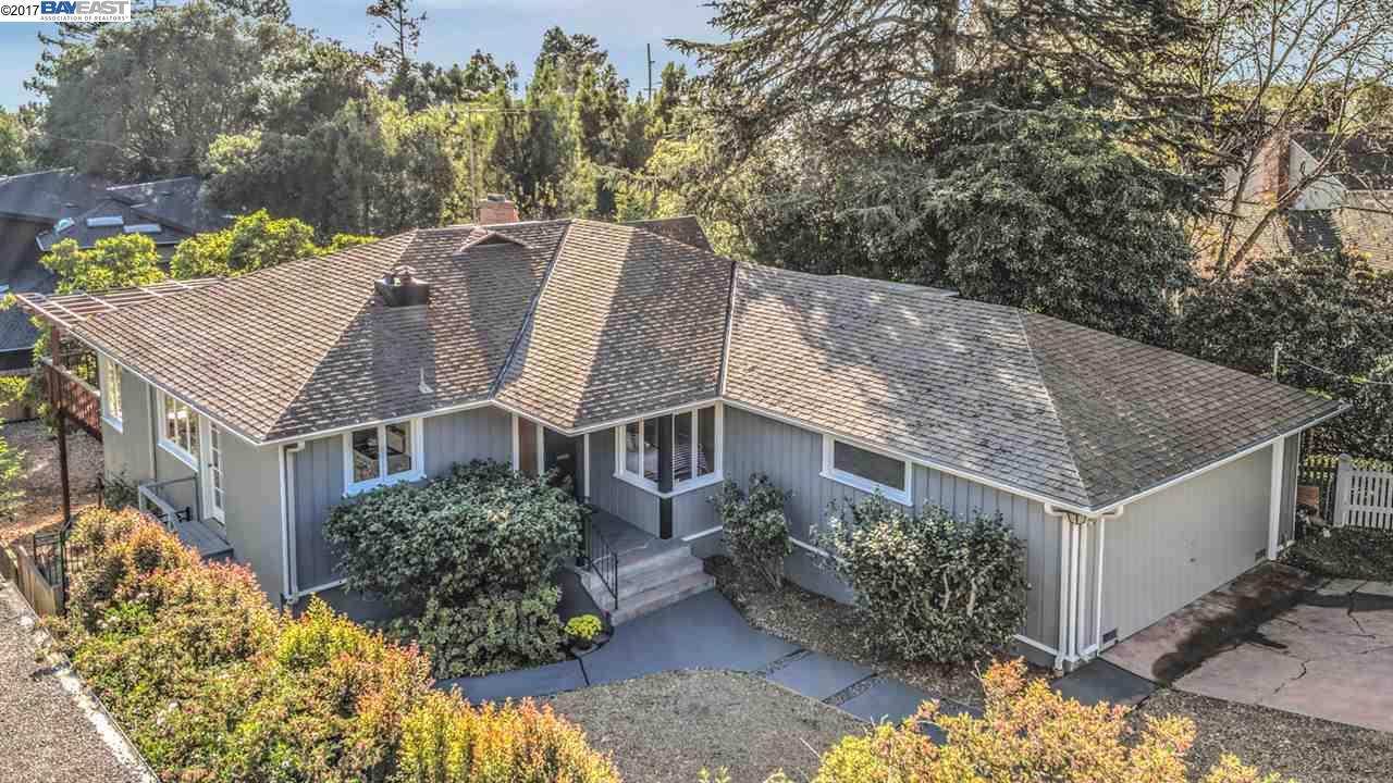 Частный односемейный дом для того Продажа на 320 Rugby Avenue 320 Rugby Avenue Kensington, Калифорния 94708 Соединенные Штаты