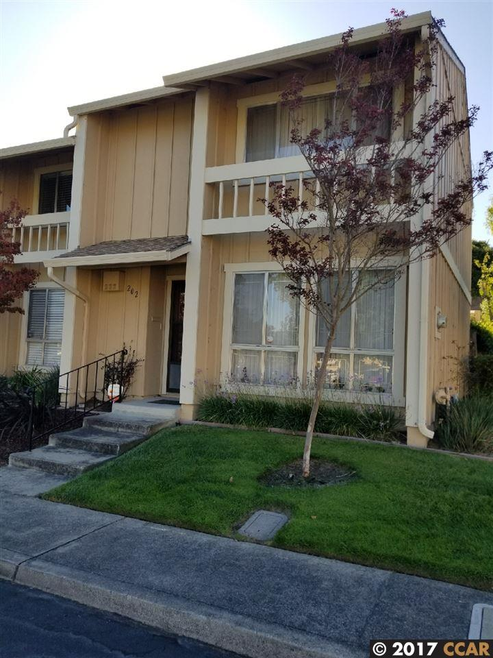 Condominio por un Venta en 202 Park Lane 202 Park Lane Richmond, California 94803 Estados Unidos