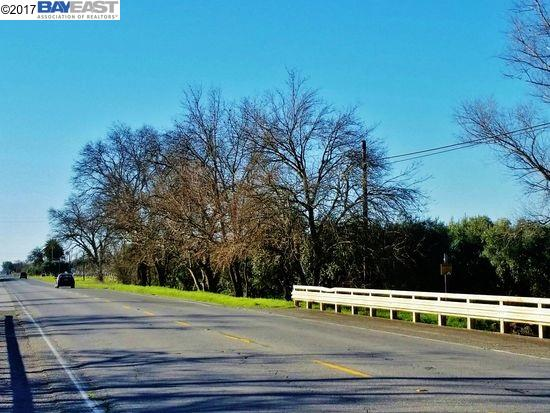 Land for Sale at 1500 Highway 99W 1500 Highway 99W Corning, California 96021 United States
