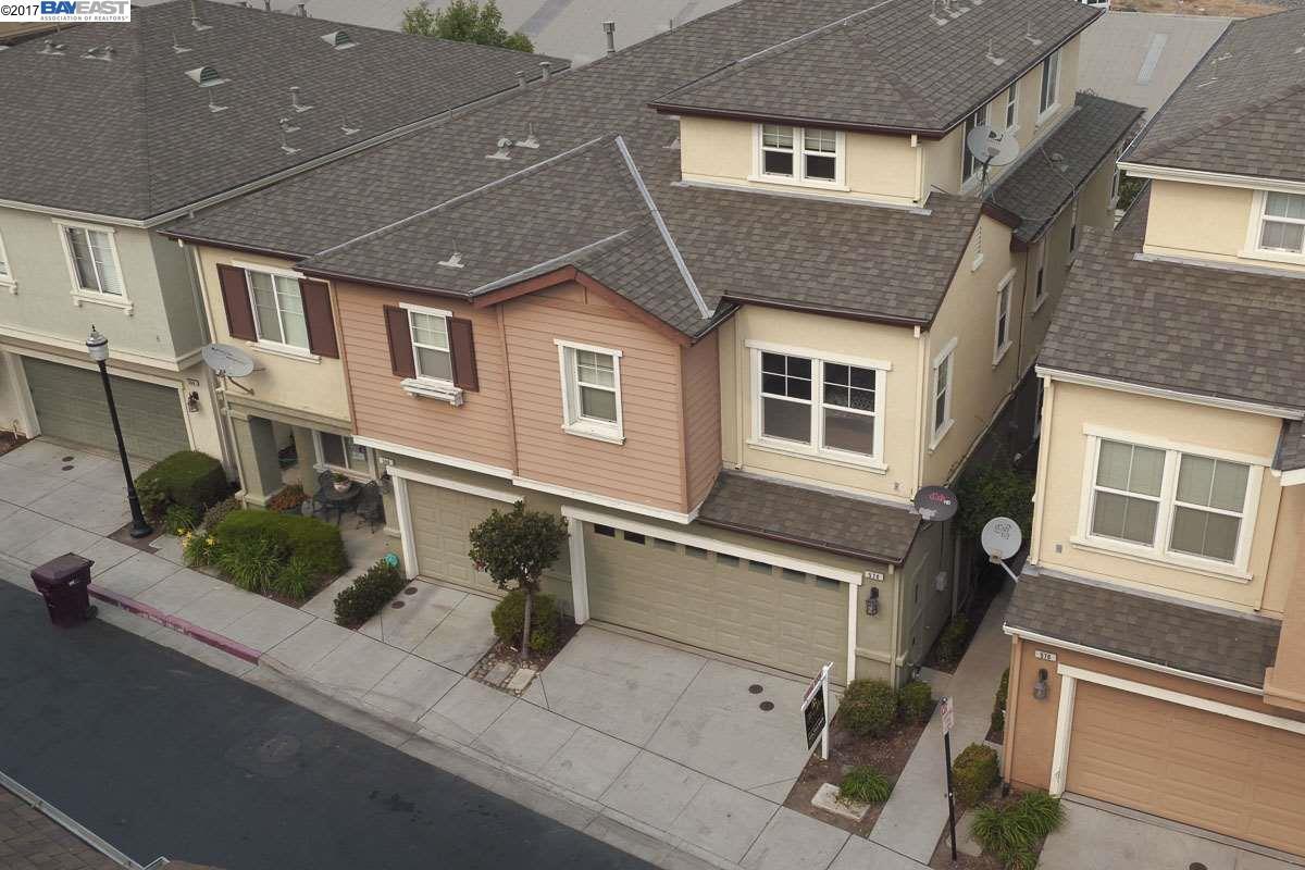 Einfamilienhaus für Verkauf beim 570 HERITAGE Circle 570 HERITAGE Circle San Lorenzo, Kalifornien 94580 Vereinigte Staaten