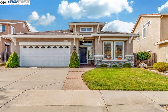 Single Family Home for Sale at 25536 Crestfield Circle 25536 Crestfield Circle Castro Valley, California 94552 United States