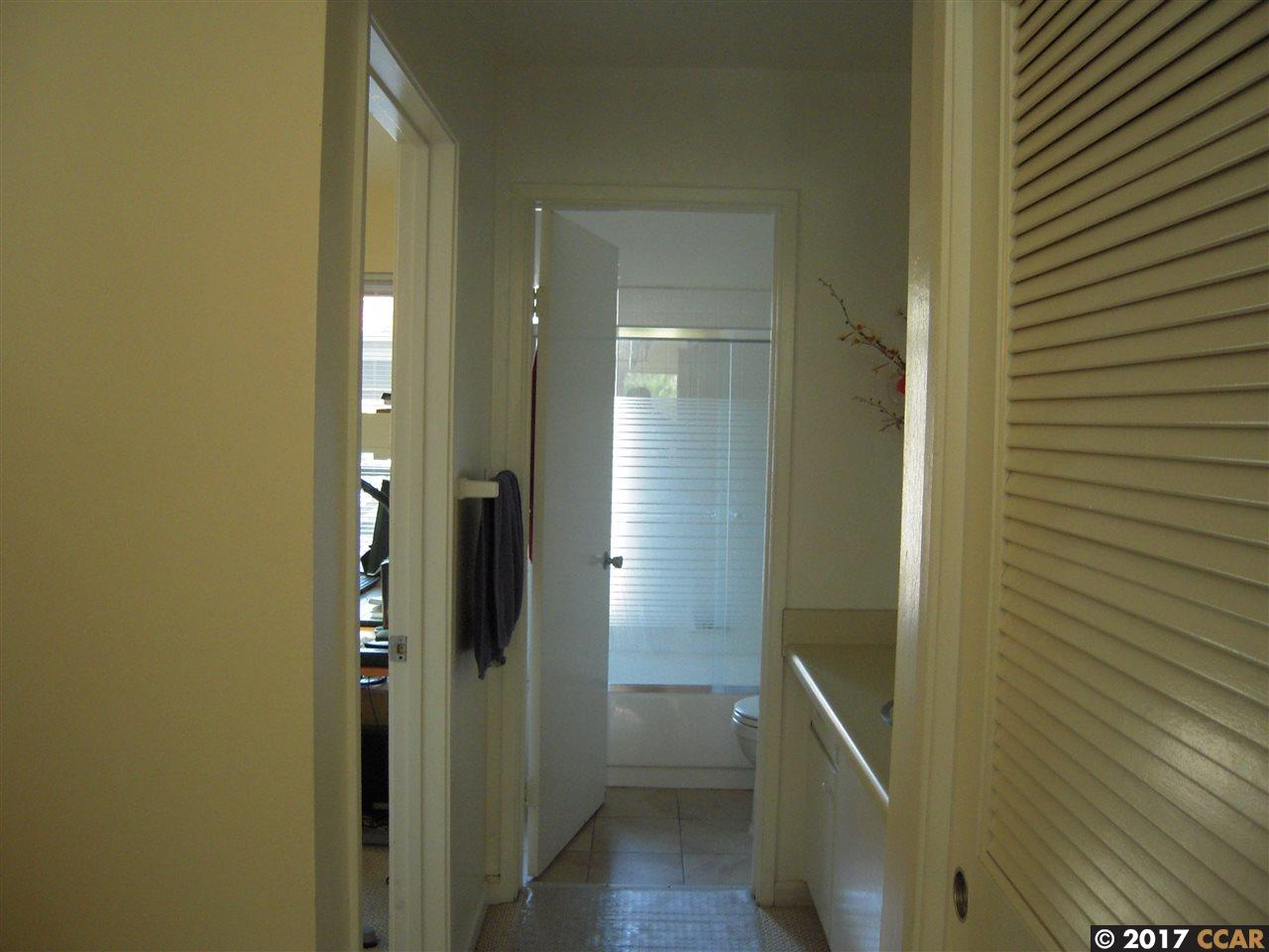 Additional photo for property listing at 2079 Ascot Drive 2079 Ascot Drive Moraga, California 94556 United States