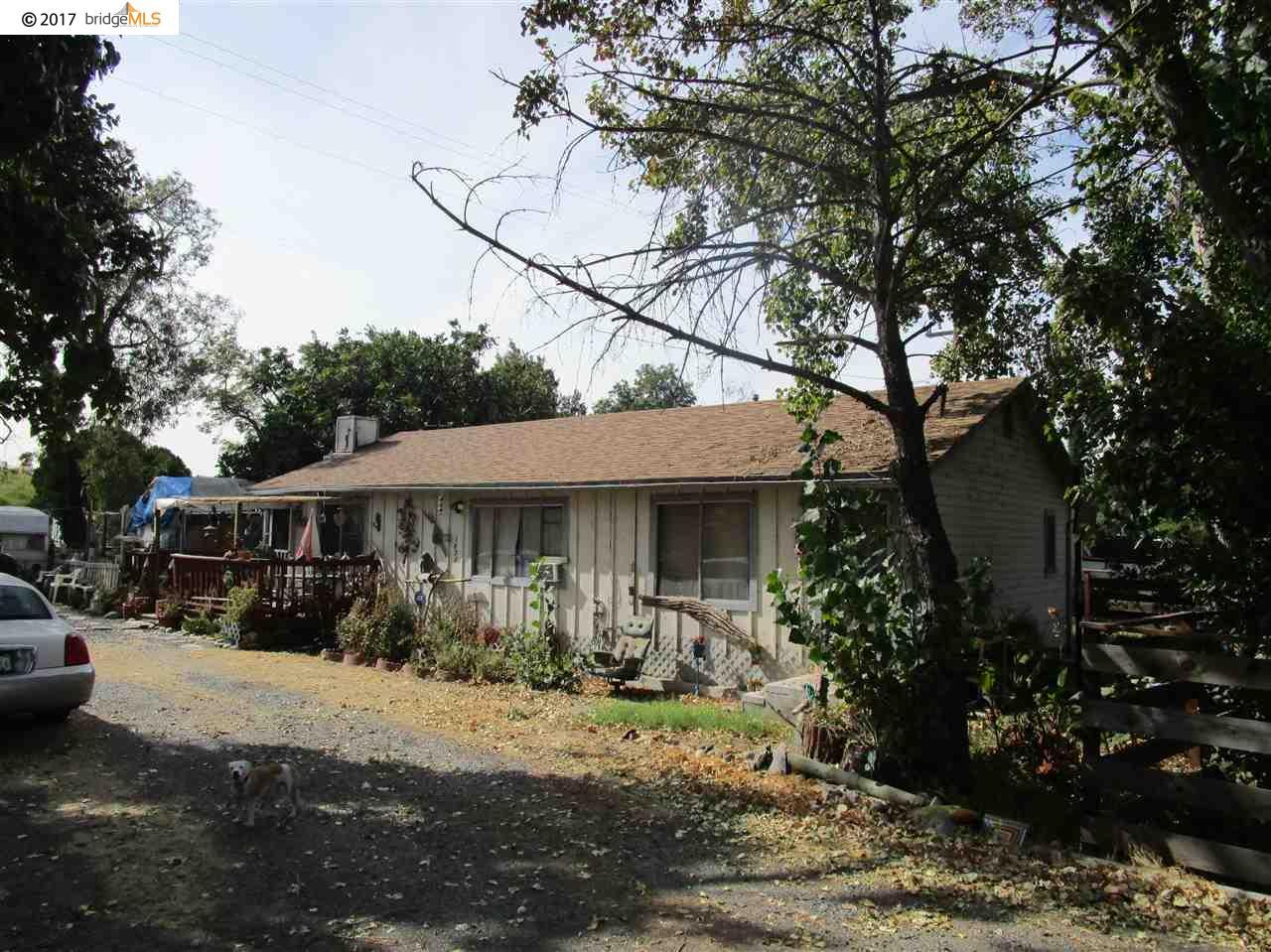 Частный односемейный дом для того Продажа на 1892 Taylor Road 1892 Taylor Road Bethel Island, Калифорния 94511 Соединенные Штаты