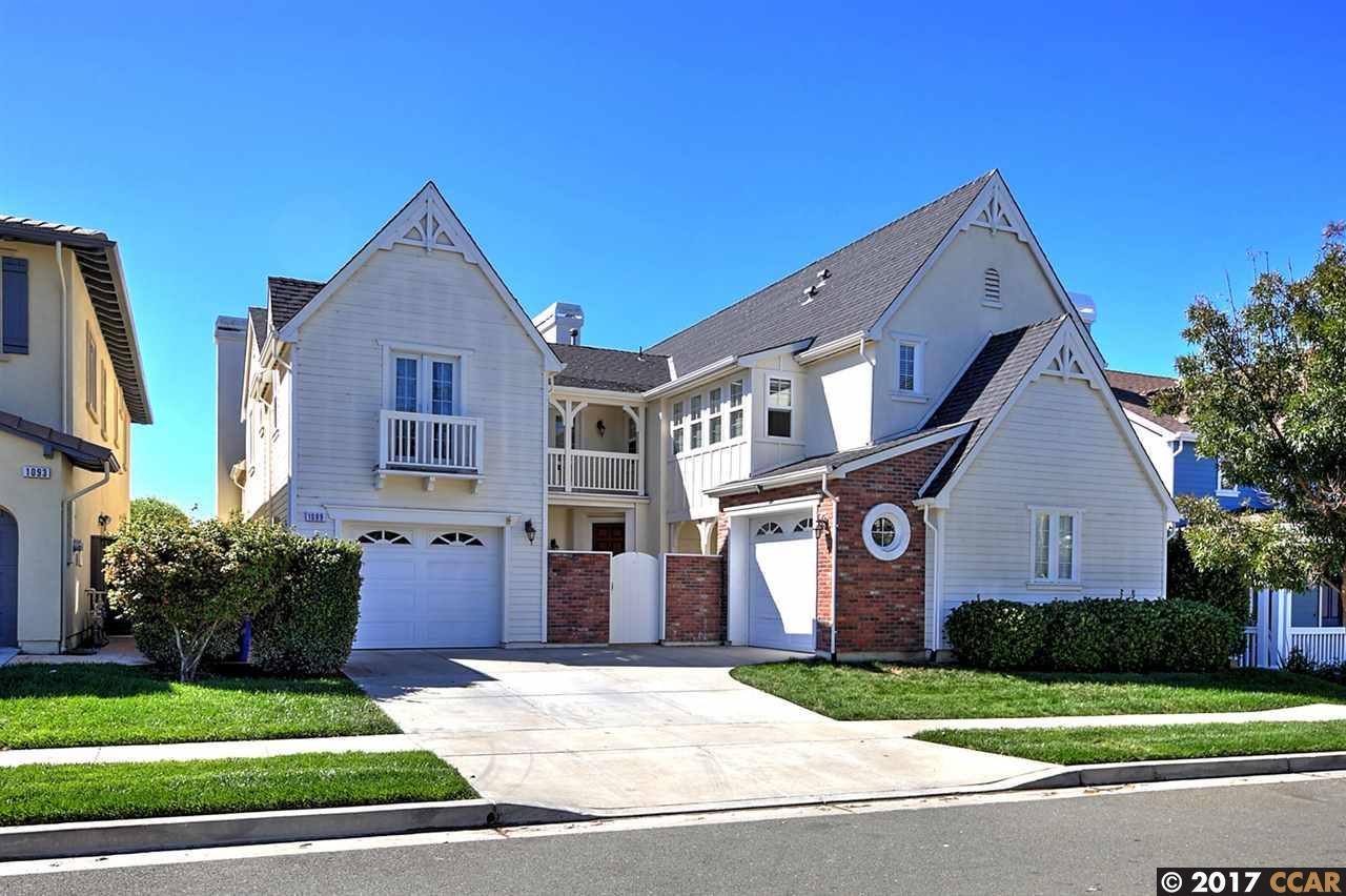 Casa Unifamiliar por un Venta en 1099 Regatta Pt 1099 Regatta Pt Hercules, California 94547 Estados Unidos