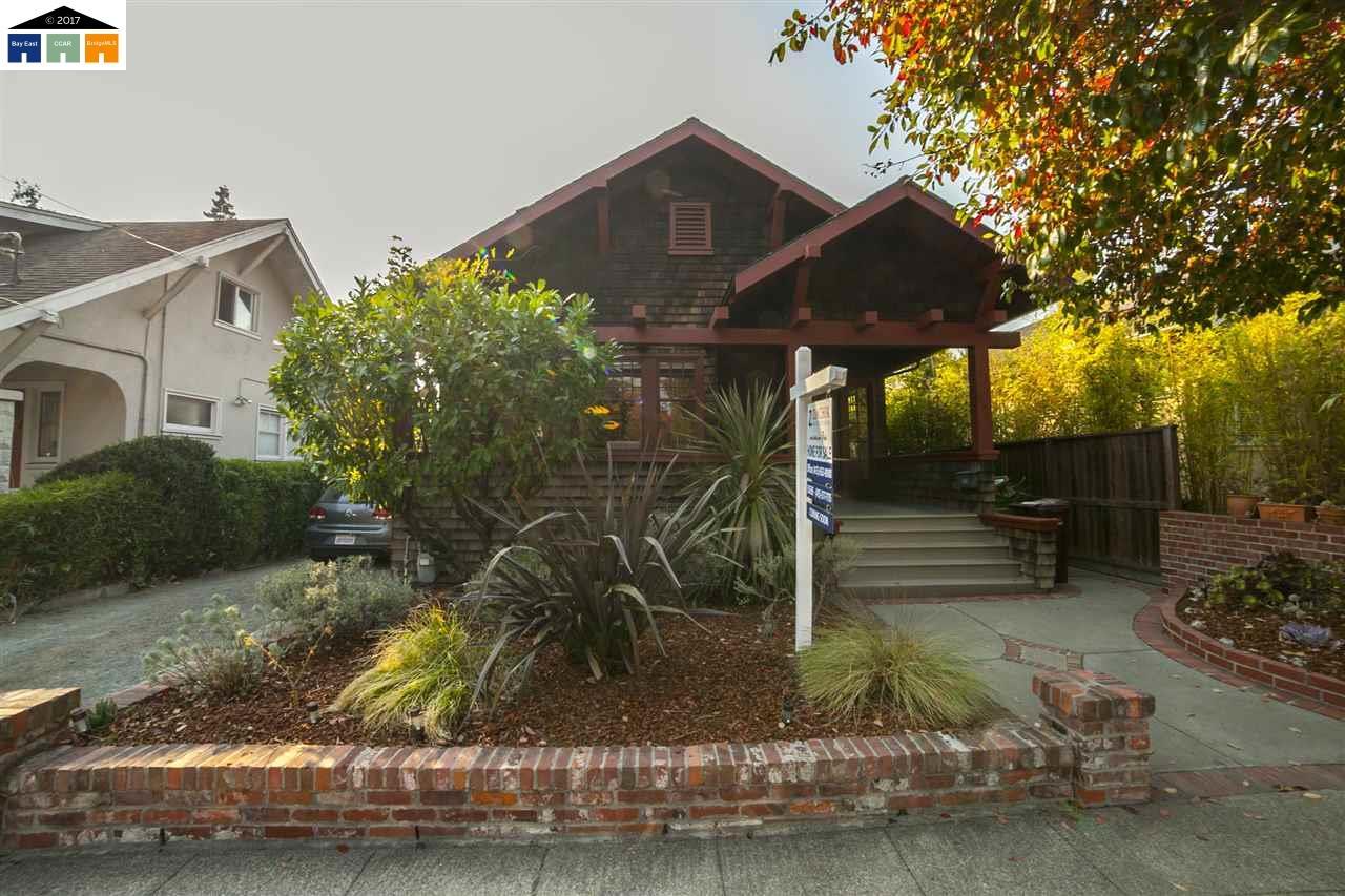 واحد منزل الأسرة للـ Sale في 6615 Dana 6615 Dana Oakland, California 94609 United States