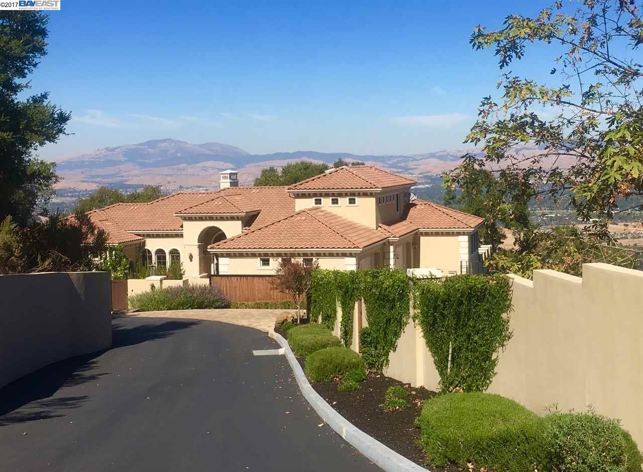 一戸建て のために 賃貸 アット 105 Castlewood Drive 105 Castlewood Drive Pleasanton, カリフォルニア 94566 アメリカ合衆国