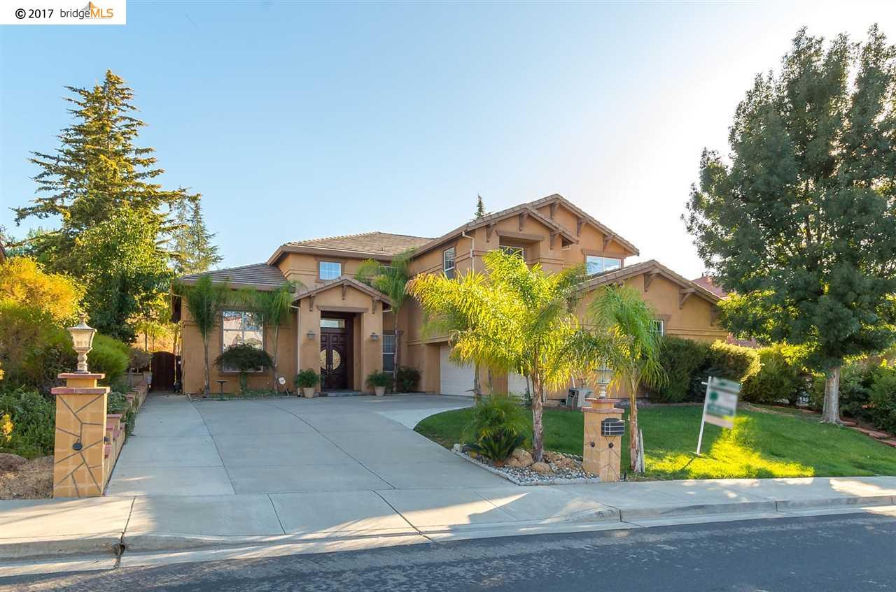 واحد منزل الأسرة للـ Sale في 5155 Domengine Way 5155 Domengine Way Antioch, California 94531 United States