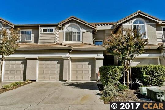 コンドミニアム のために 売買 アット 205 Sutton Circle 205 Sutton Circle Danville, カリフォルニア 94506 アメリカ合衆国