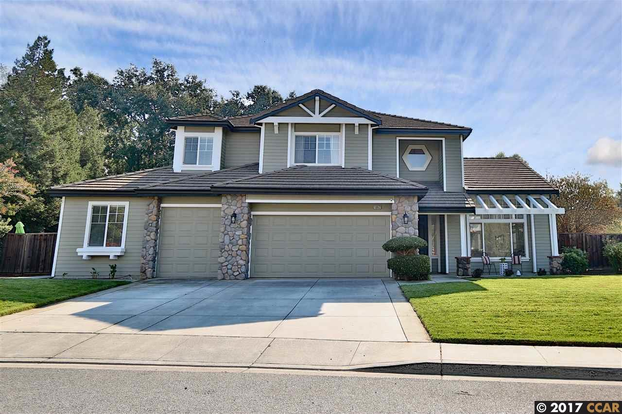 Single Family Home for Sale at 1962 Holly Creek Place 1962 Holly Creek Place Concord, California 94521 United States