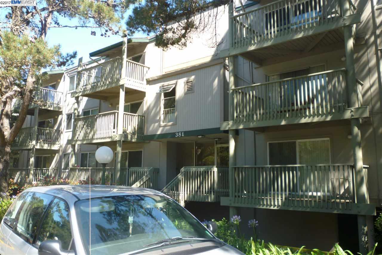 Eigentumswohnung für Verkauf beim 381 Half Moon Lane 381 Half Moon Lane Daly City, Kalifornien 94015 Vereinigte Staaten