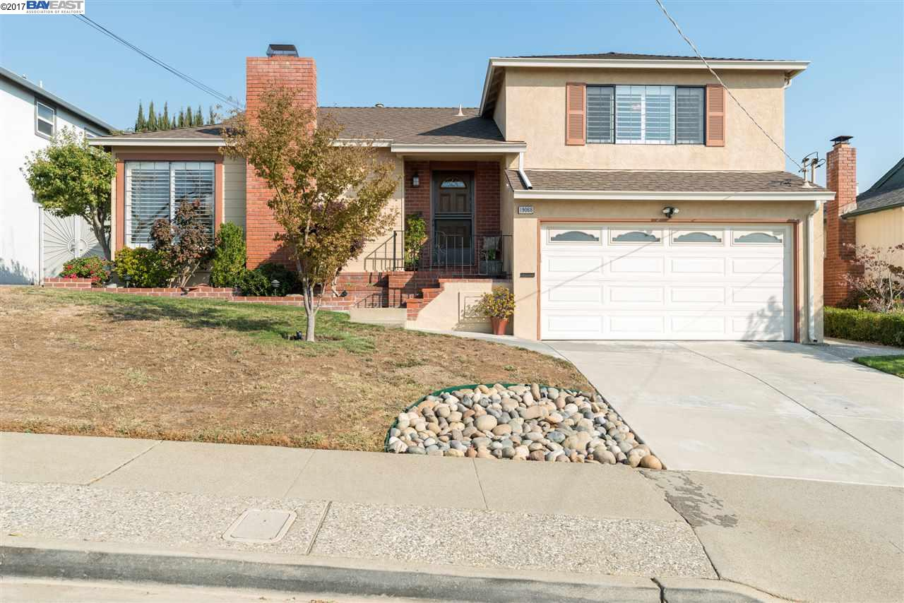Single Family Home for Sale at 19068 Clemans Drive 19068 Clemans Drive Castro Valley, California 94546 United States
