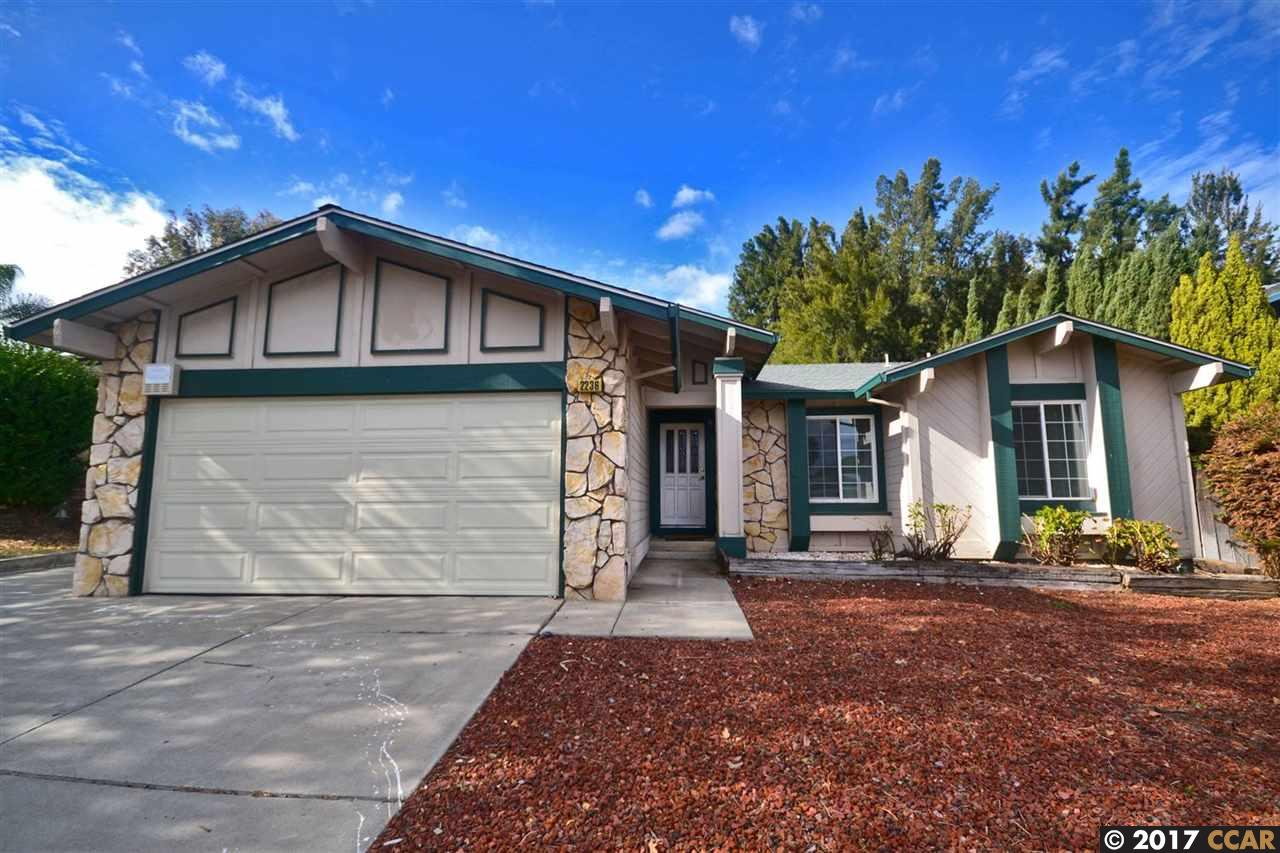 2236 Concord Dr, PITTSBURG, CA 94565