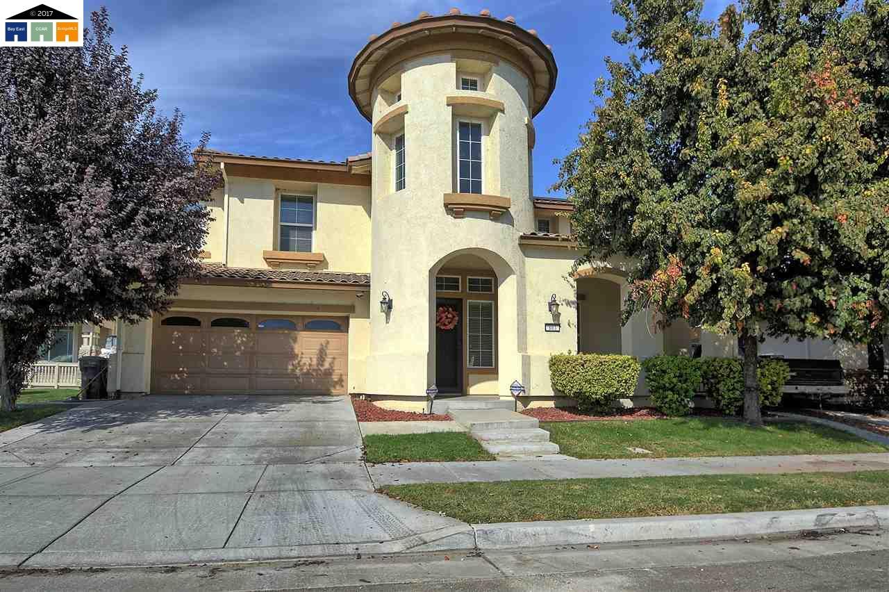 一戸建て のために 売買 アット 803 Village Avenue 803 Village Avenue Lathrop, カリフォルニア 95330 アメリカ合衆国