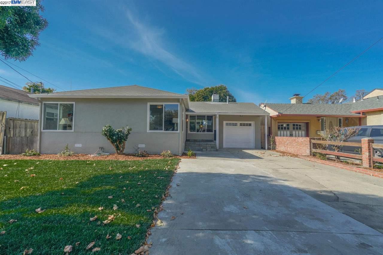 Single Family Home for Sale at 16061 Via Pinale 16061 Via Pinale San Lorenzo, California 94580 United States