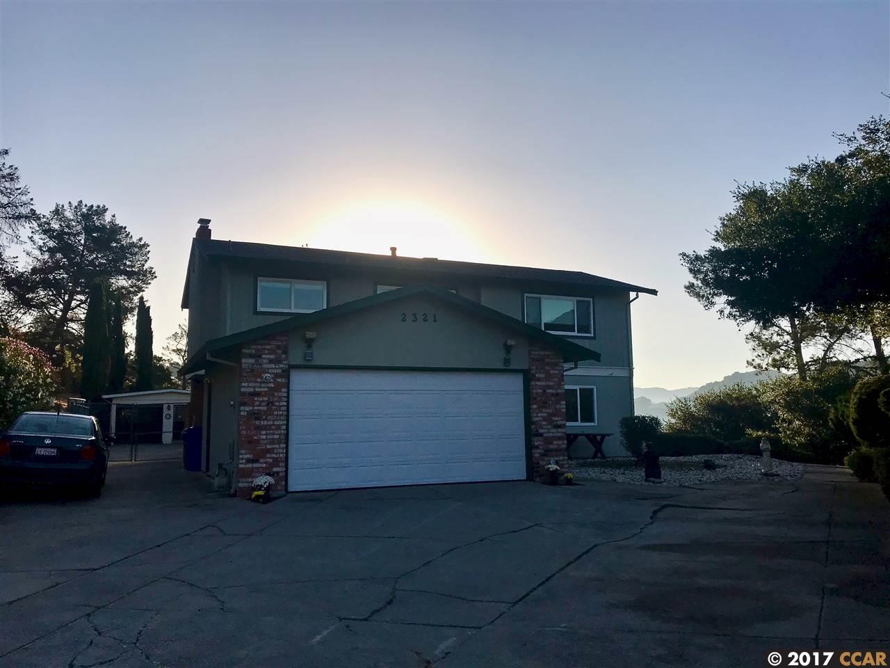 一戸建て のために 売買 アット 2321 Monte Verde Drive 2321 Monte Verde Drive Pinole, カリフォルニア 94564 アメリカ合衆国