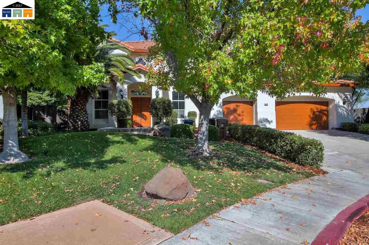 獨棟家庭住宅 為 出售 在 5024 Southport Court 5024 Southport Court Antioch, 加利福尼亞州 94531 美國