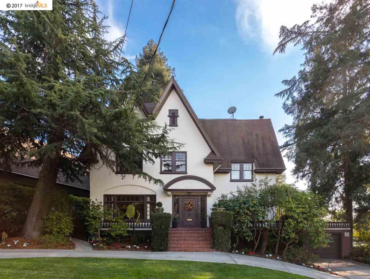 Частный односемейный дом для того Продажа на 4 Sierra Avenue 4 Sierra Avenue Piedmont, Калифорния 94611 Соединенные Штаты