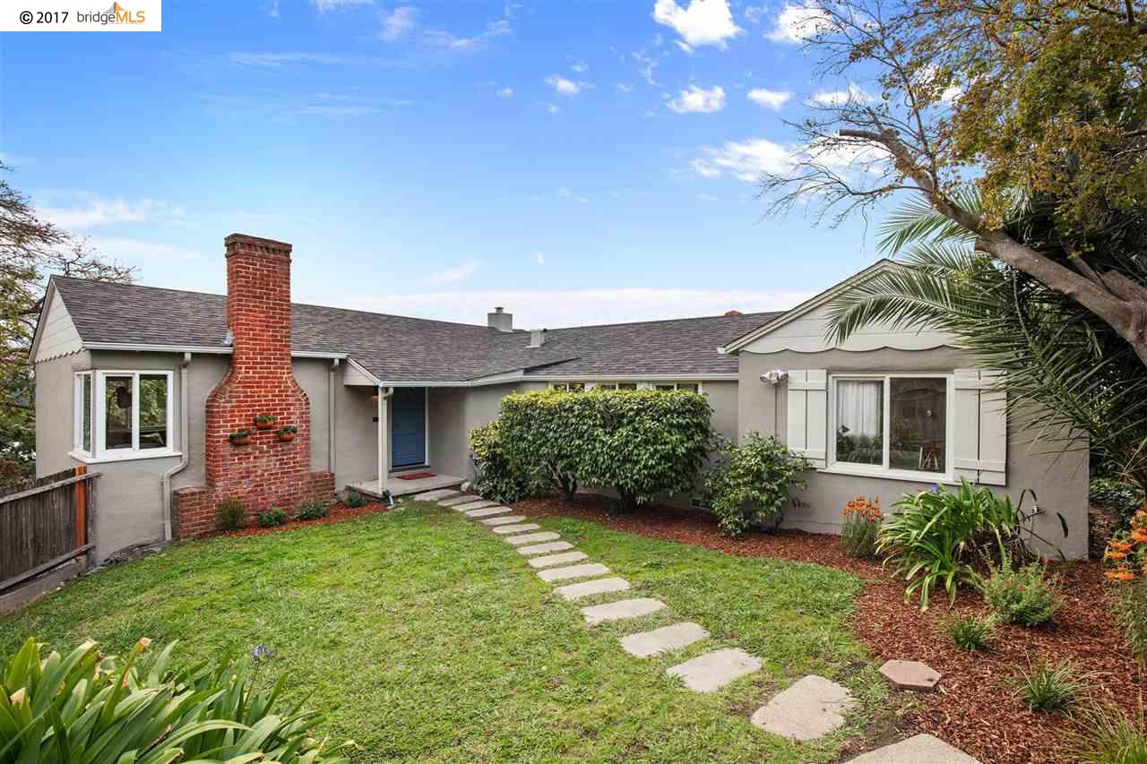 Single Family Home for Sale at 36 Stratford Road 36 Stratford Road Kensington, California 94707 United States