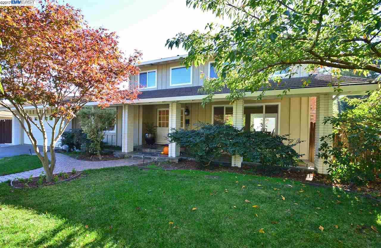 一戸建て のために 売買 アット 9 Corte Azul 9 Corte Azul Moraga, カリフォルニア 94556 アメリカ合衆国