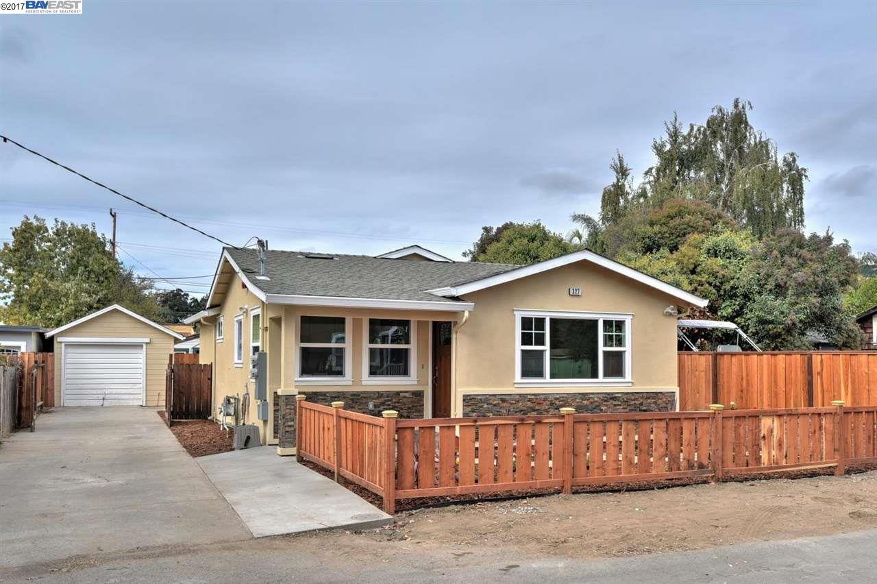 Maison unifamiliale pour l Vente à 327 Riverside Avenue 327 Riverside Avenue Fremont, Californie 94536 États-Unis
