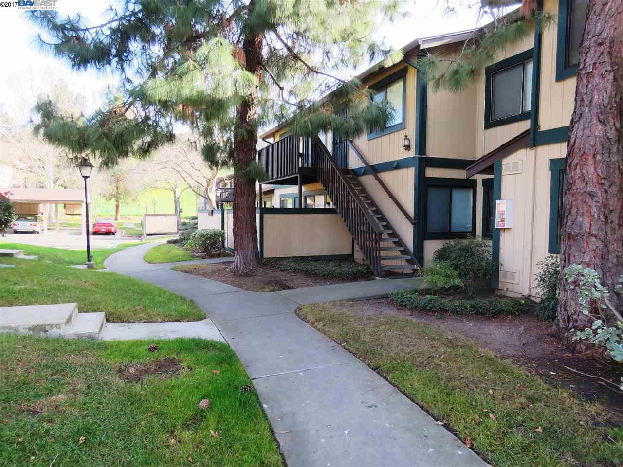 Condominio por un Alquiler en 214 Famoso Plz 214 Famoso Plz Union City, California 94587 Estados Unidos