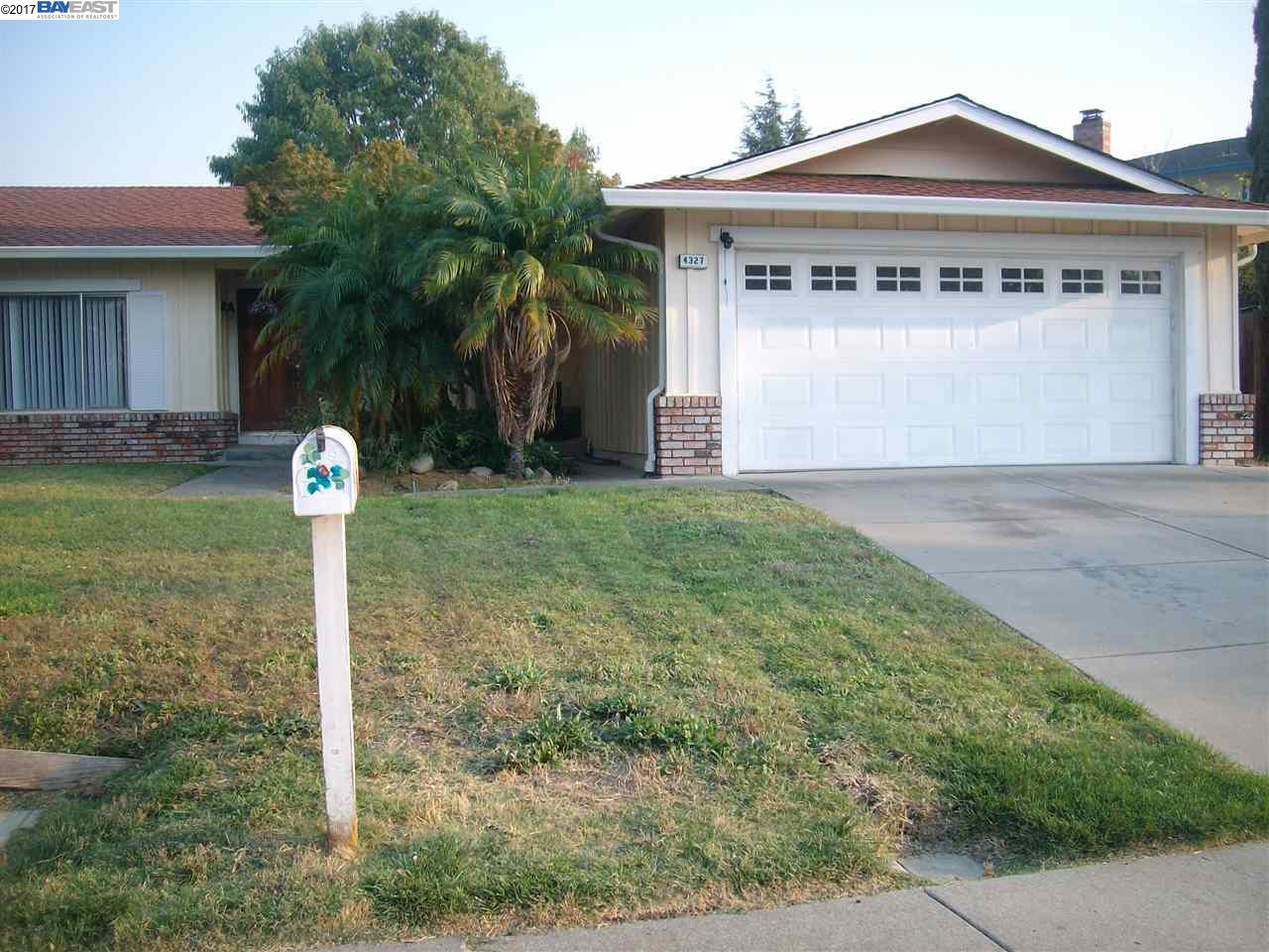 Single Family Home for Rent at 4327 Oakdale Place 4327 Oakdale Place Pittsburg, California 94565 United States
