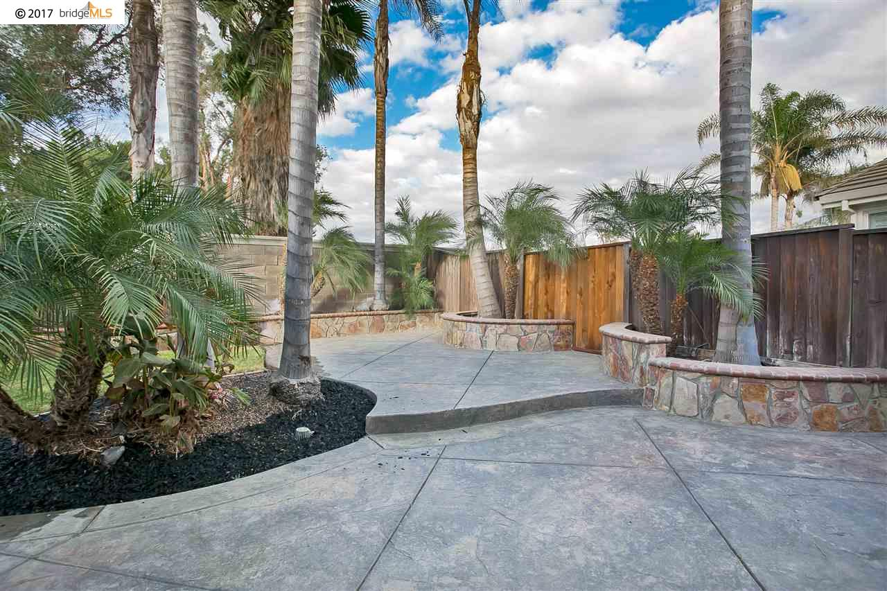 2205 Winchester Loop, DISCOVERY BAY, CA 94505