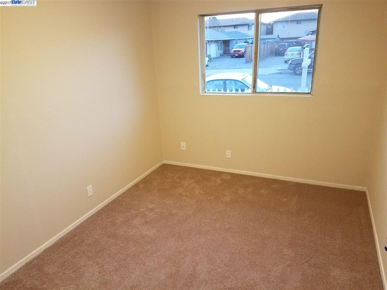 Additional photo for property listing at 26730 Tyrrell Avenue 26730 Tyrrell Avenue Hayward, カリフォルニア 94544 アメリカ合衆国
