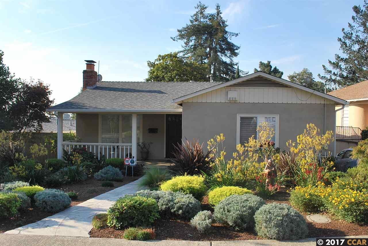 Casa Unifamiliar por un Venta en 4801 Davenport Avenue 4801 Davenport Avenue Oakland, California 94619 Estados Unidos