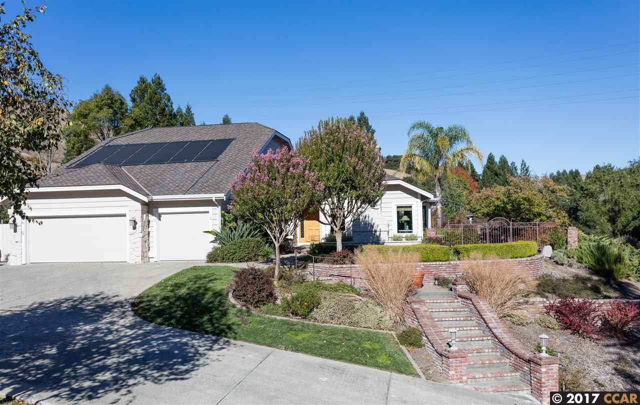 一戸建て のために 売買 アット 5 Lisa Lane 5 Lisa Lane Moraga, カリフォルニア 94556 アメリカ合衆国