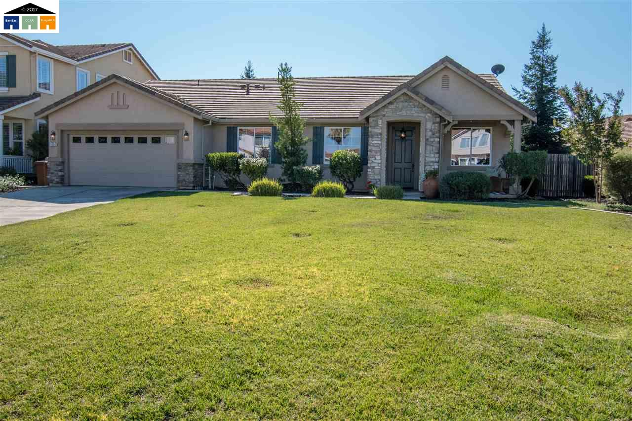 Single Family Home for Sale at 1134 McAlta 1134 McAlta Galt, California 95632 United States