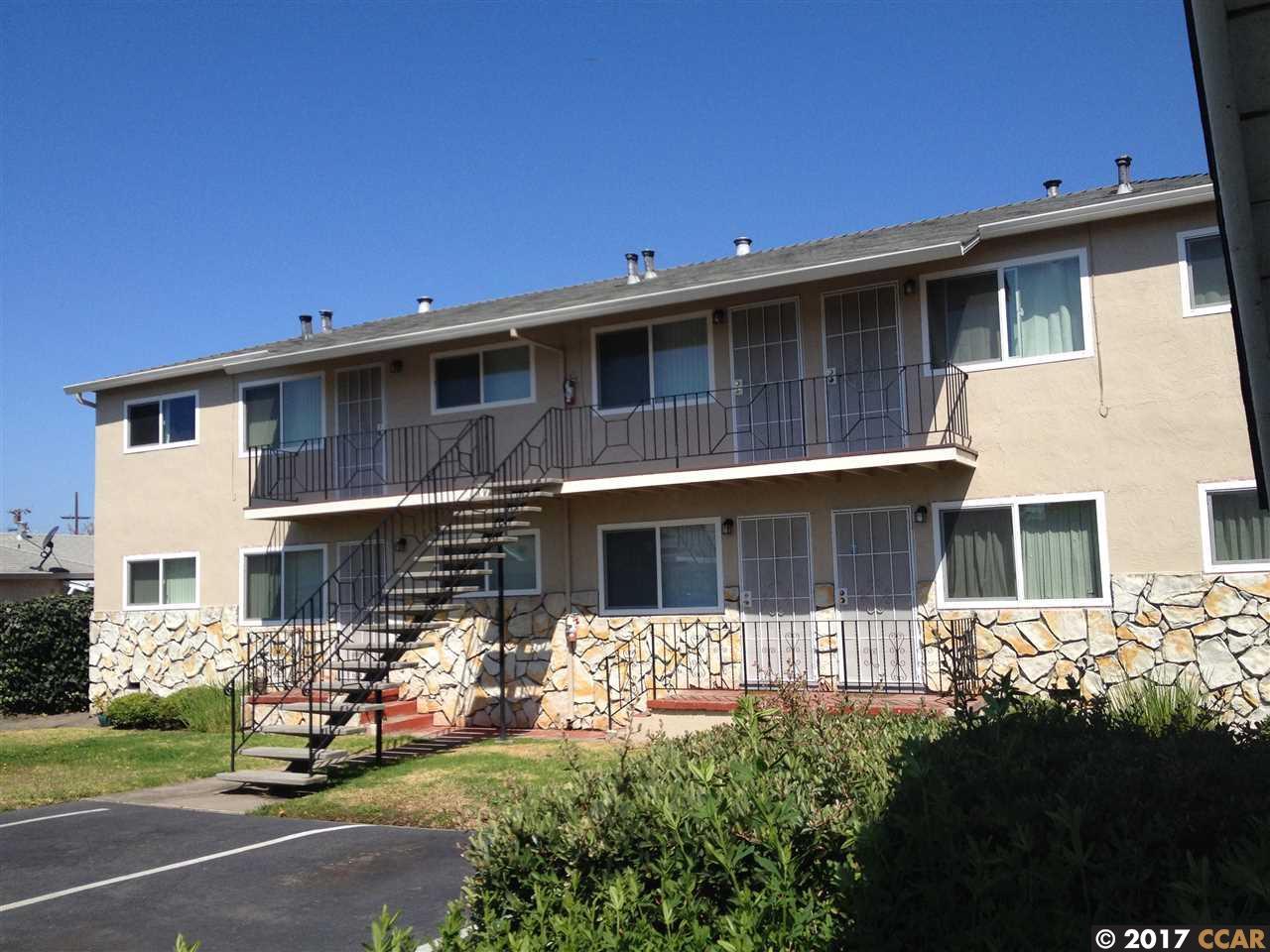 متعددة للعائلات الرئيسية للـ Sale في 2315 Marina Blvd 2315 Marina Blvd San Leandro, California 94577 United States