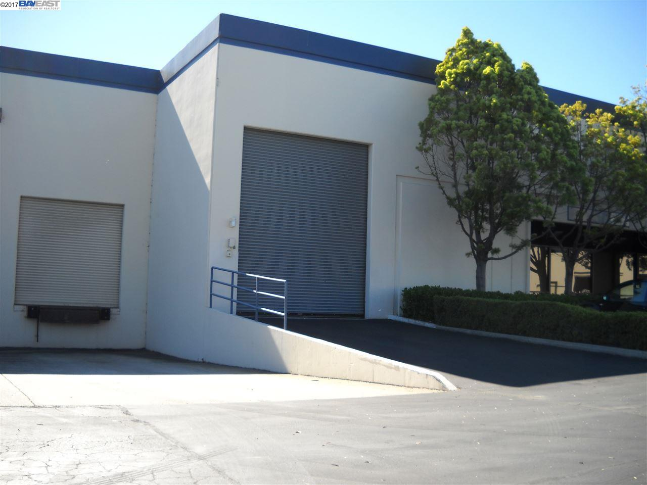 Single Family Home for Rent at 15071 Wicks Blvd 15071 Wicks Blvd San Leandro, California 94577 United States