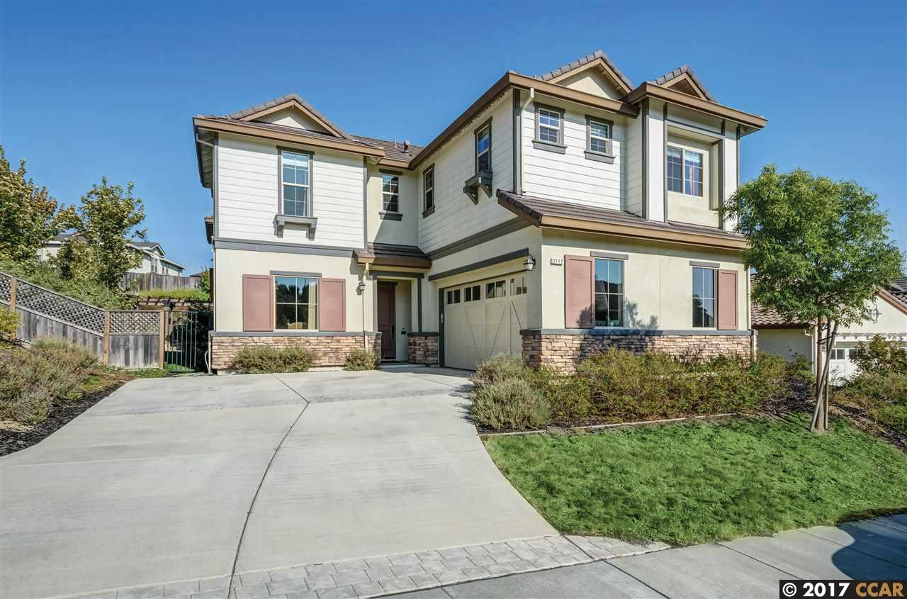 Casa Unifamiliar por un Venta en 7717 Kelly Canyon Drive 7717 Kelly Canyon Drive Dublin, California 94568 Estados Unidos
