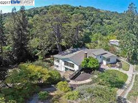 Single Family Home for Rent at 87 Loma Vista Drive 87 Loma Vista Drive Orinda, California 94563 United States