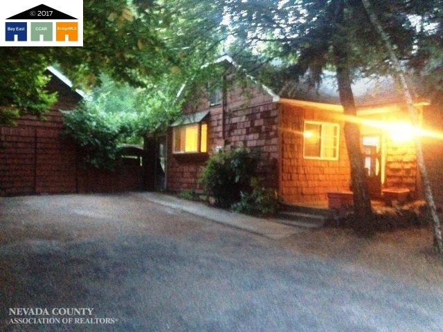 Single Family Home for Sale at 433 Clay 433 Clay Nevada City, California 95959 United States