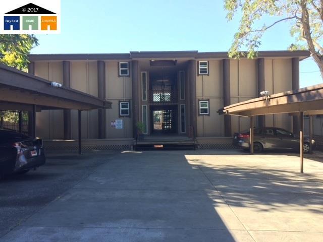 Многосемейный дом для того Продажа на 1951 E 30th 1951 E 30th Oakland, Калифорния 94606 Соединенные Штаты